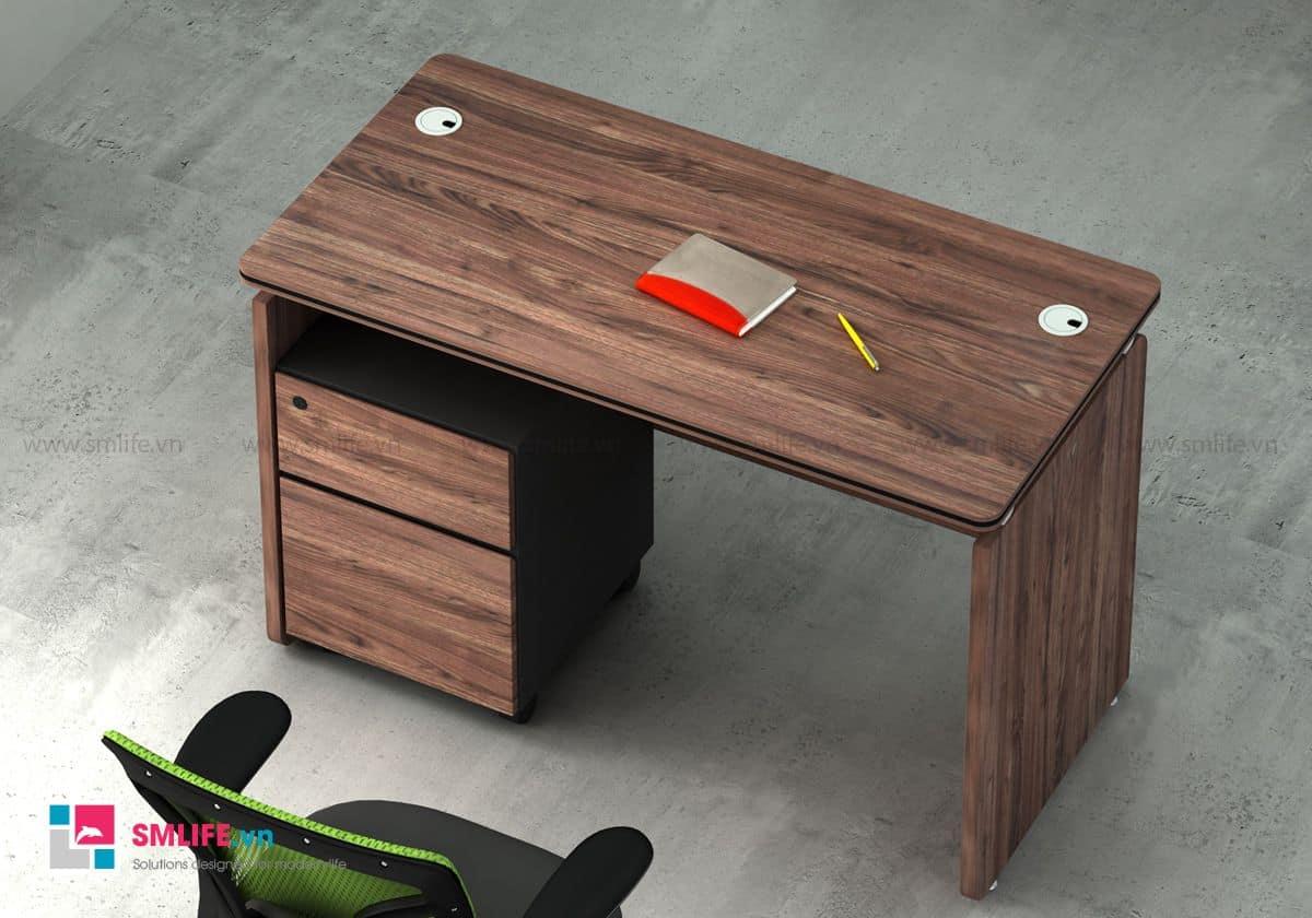 Bàn làm việc văn phòng BILL, thiết kế cổ điển kết hợp với chất liệu hiện đại tạo nên một chiếc bàn đầy sang trọng và đẳng cấp