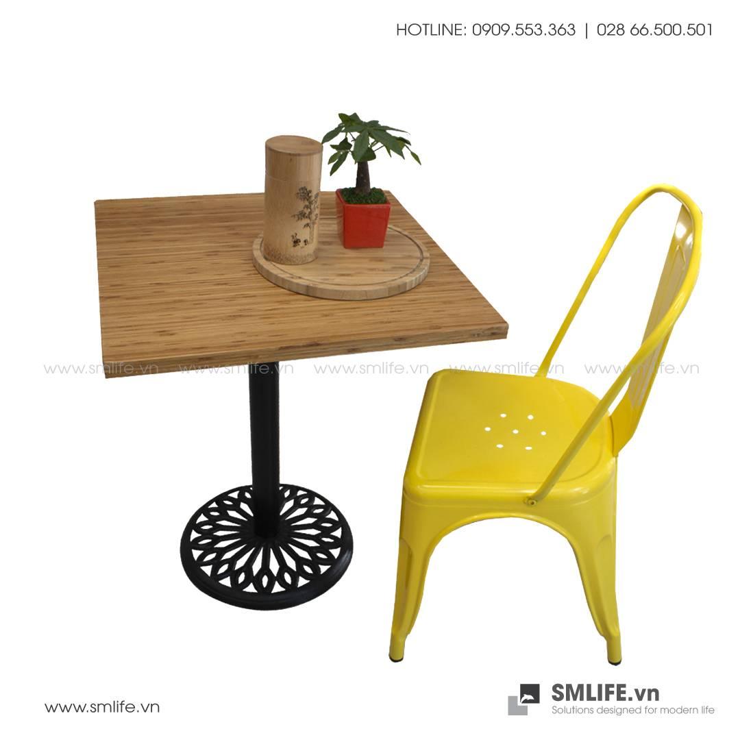 Bàn cafe HIGHLAND mặt bàn tre ép vuôg SQ60 - Chân gang đúc | SMLIFE