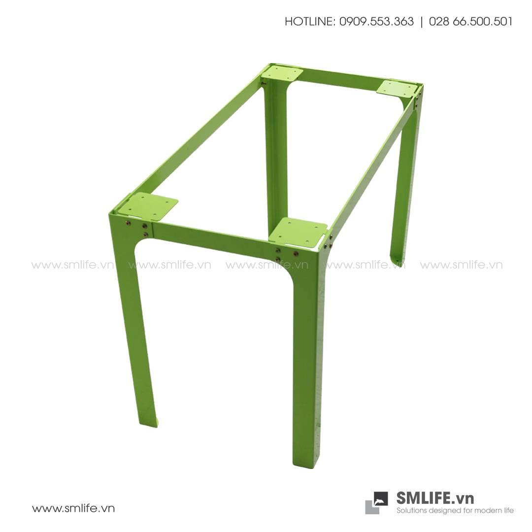 Bàn LÀM VIỆC chân thép lắp ráp, mặt bàn tre ép   SMLIFE