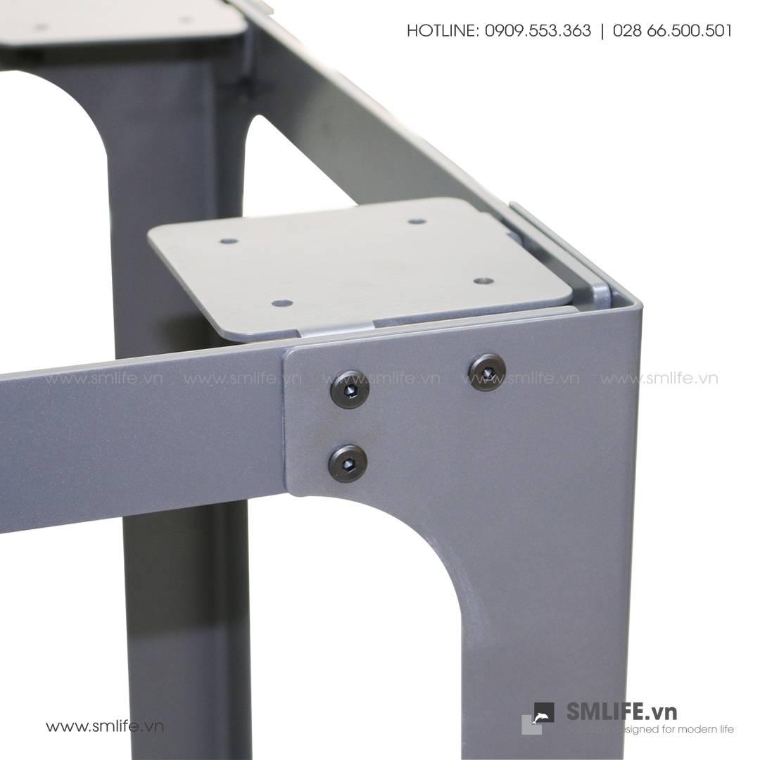 Bàn LÀM VIỆC chân thép lắp ráp, mặt bàn tre ép | SMLIFE