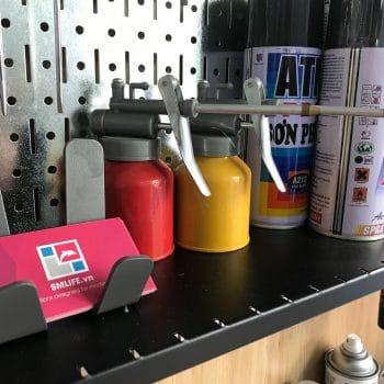Thi công bảng pegboard trưng bày sản phẩm khổ lớn cho cửa hàng Garage ô tô Q.7 | SMLIFE