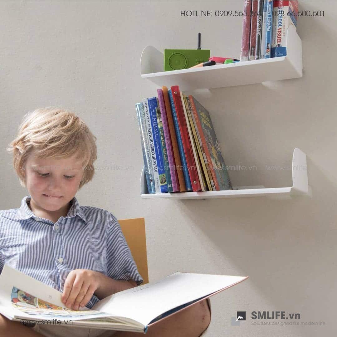 Kệ sách treo tường chữ D, kệ sách thép gắn tường   SMLIFE