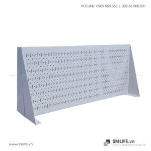 Vách Chia Bàn Làm Việc Kiêm Bảng Treo Dụng Cụ SMLIFE Pegboard Desk 45x100cm | SMLIFE.vn
