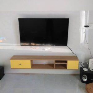 Kệ gỗ SMLIFE - Màu vàng (6)